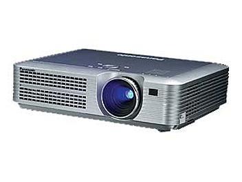 Panasonic PT-LC55E LCD Projector SVGA 1200