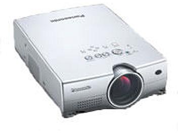 Panasonic PT-LC735E LCD Projector XGA 1200