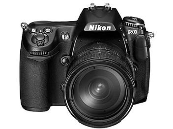 Nikon D300 DSLR Camera Kit with Tamron 18-200mm Lens and Calibrator