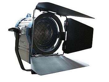 Dynacore DTW-650W Studio Fresnel Spot Light