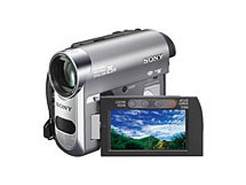 Sony DCR-HC62E mini-DV Camcorder PAL Kit