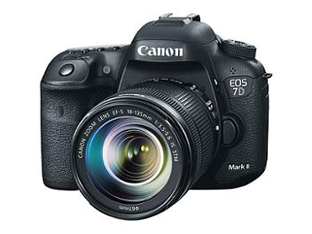 Canon EOS-7D Mark II Digital SLR Camera Kit with Canon EF-S 18-135mm IS STM Lens