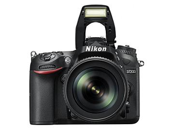 Nikon D7200 Digital SLR Camera Kit with 18-105 mm VR Lens